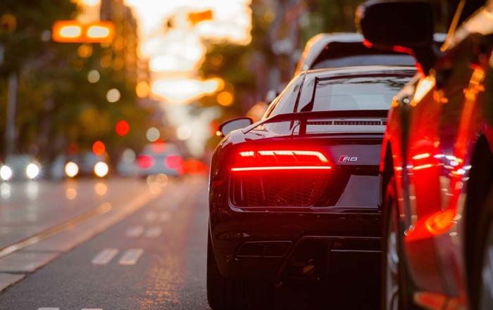 「汽車融資」、「汽車轉貸」、「汽車典當」,這三種汽車融資相關字詞有何不同嗎?當資金出現缺口急需周轉時,申辦這三種業務申請人需具備什麼條件才能夠辦理?審核與撥款速度快嗎?立榮當舖提醒各位讀者,借款之前需充分了解這些資訊之後再辦理,才不會吃了悶虧卻不自知。汽車典當與汽車融資型借款有何不同嗎?汽車典當一般來說跟汽車融資…