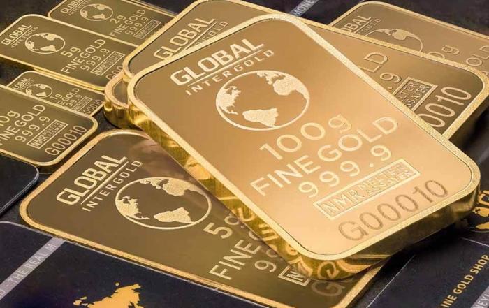 今年黃金價格突破歷史新高,許多人開始將手頭上的黃金釋出,急需用錢的民眾,希望能夠藉由賣黃金來換取現金。在賣黃金之前,有的人會擔心賣黃金要證件嗎?原本金單不見還能賣嗎?坊間機構賣黃金怎麼算?話不多說,跟著我們一起往下看吧!聽說銀樓跟當舖都可以賣黃金換現金?我應該怎麼選比較好?黃金價格現在幾乎是每小時都會有變動,各個縣市...